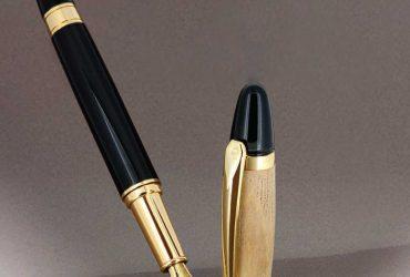 خودکار فلزی و پلاستیکی